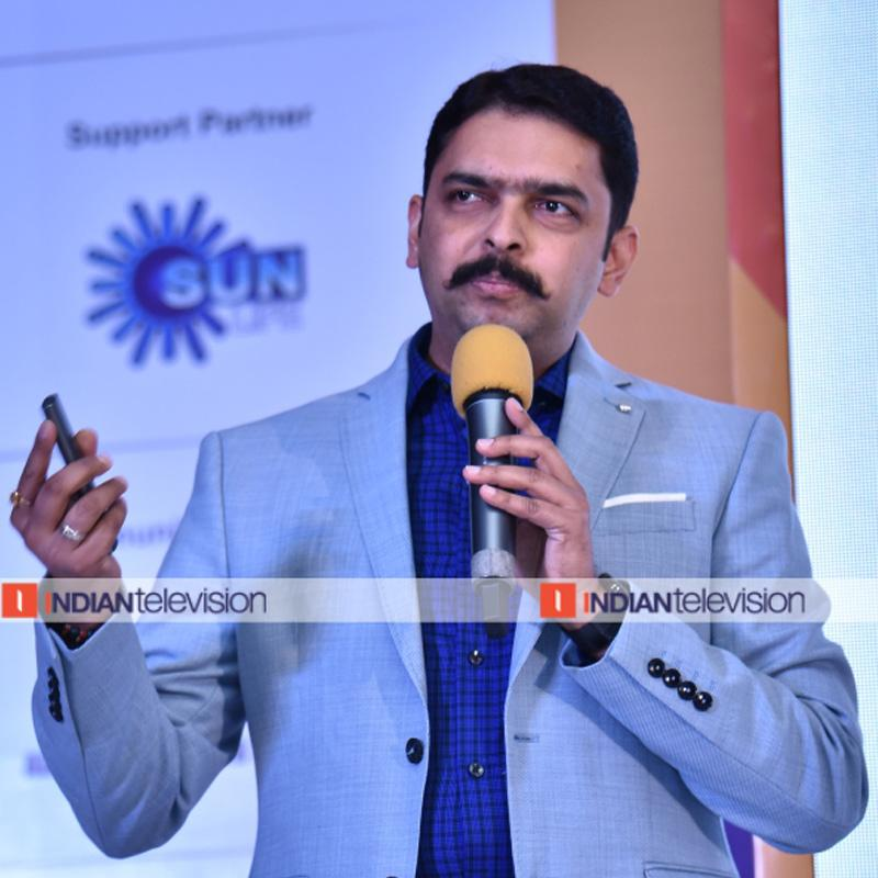 https://www.indiantelevision.com/sites/default/files/styles/smartcrop_800x800/public/images/tv-images/2019/08/14/karan.jpg?itok=3SHMoqA4