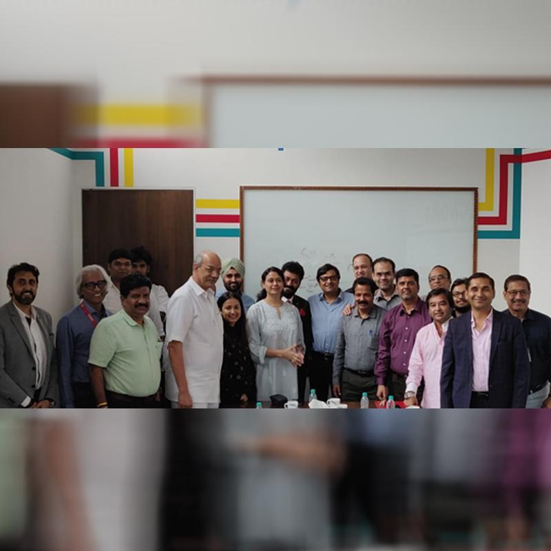 https://www.indiantelevision.com/sites/default/files/styles/smartcrop_800x800/public/images/tv-images/2019/11/04/group.jpg?itok=ipeDcJDv