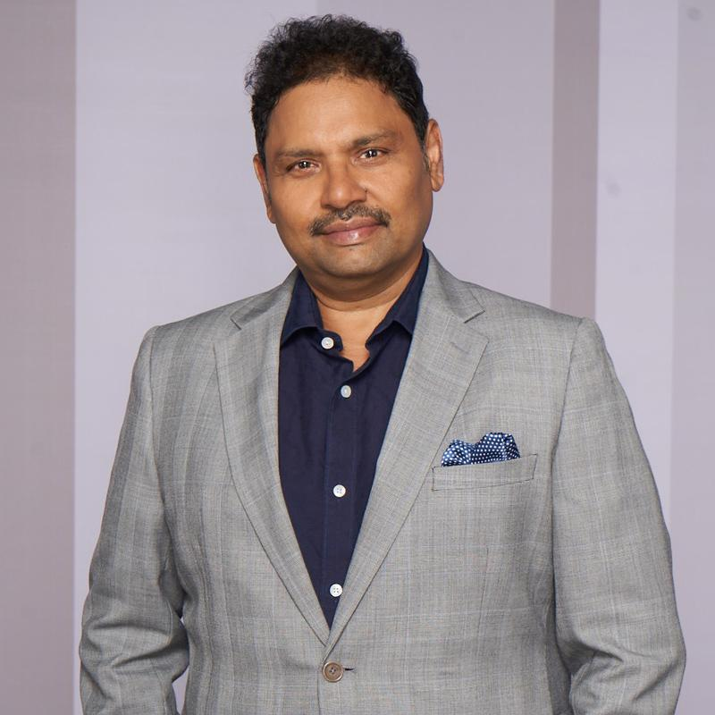 https://www.indiantelevision.com/sites/default/files/styles/smartcrop_800x800/public/images/tv-images/2019/12/13/sanjay..jpg?itok=W2joWoeQ