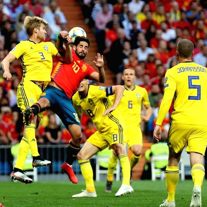https://www.indiantelevision.com/sites/default/files/styles/smartcrop_800x800/public/images/tv-images/2020/05/26/Euro-Cup.jpg?itok=9kdszdvj