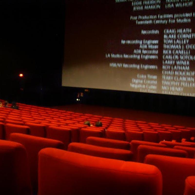 https://www.indiantelevision.com/sites/default/files/styles/smartcrop_800x800/public/images/tv-images/2020/07/13/movies.jpg?itok=3IbC7V5X