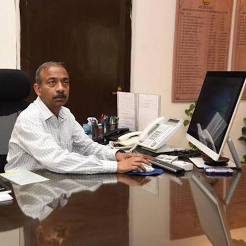 https://www.indiantelevision.com/sites/default/files/styles/smartcrop_800x800/public/images/tv-images/2020/07/27/mib.jpg?itok=rjBmndQe