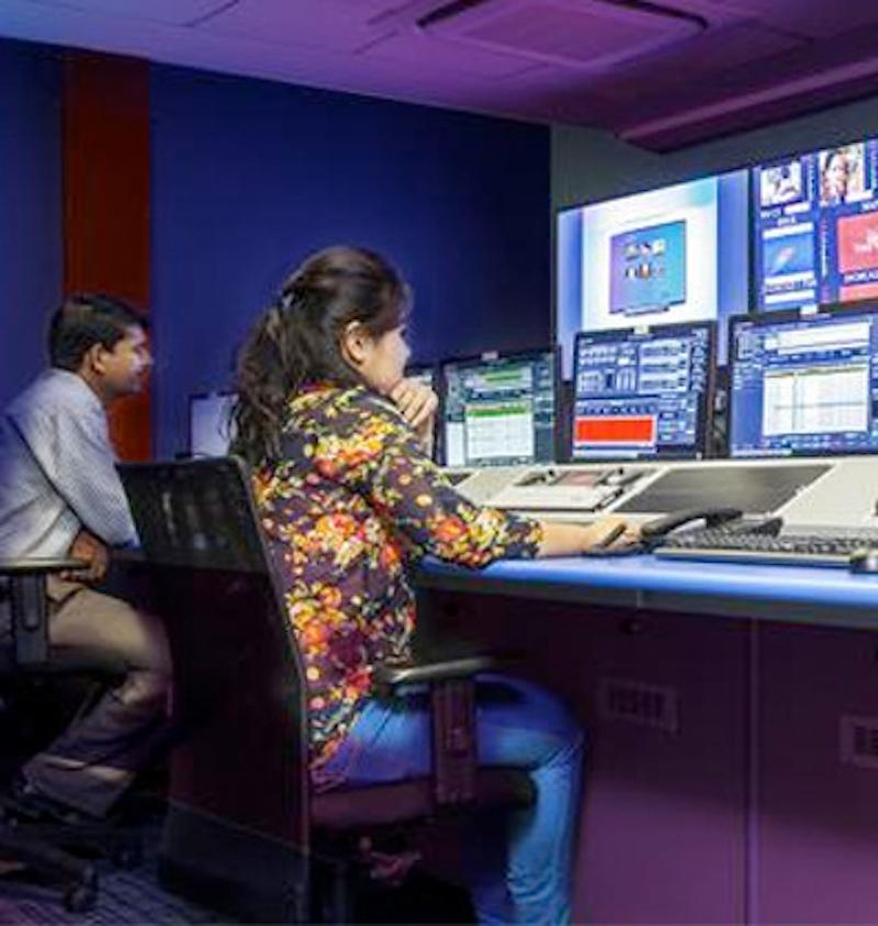 https://www.indiantelevision.com/sites/default/files/styles/smartcrop_800x800/public/images/tv-images/2020/08/01/hindujasnxtdigital.jpg?itok=C4sU1FM5