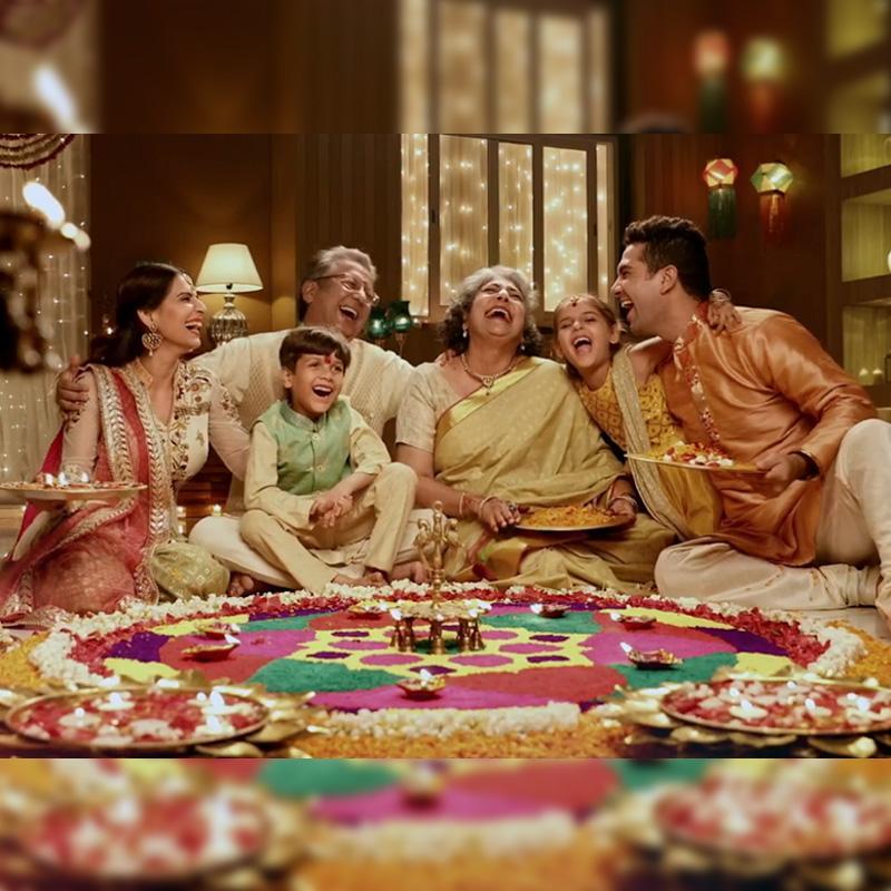 https://www.indiantelevision.com/sites/default/files/styles/smartcrop_800x800/public/images/tv-images/2020/11/13/diwali-nerolac.jpg?itok=FenUsQ3s