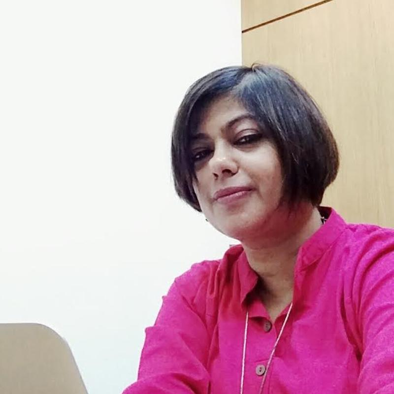 https://www.indiantelevision.com/sites/default/files/styles/smartcrop_800x800/public/images/tv-images/2020/12/19/paroma_roy_chowdhury.jpg?itok=ZVqDRcBf