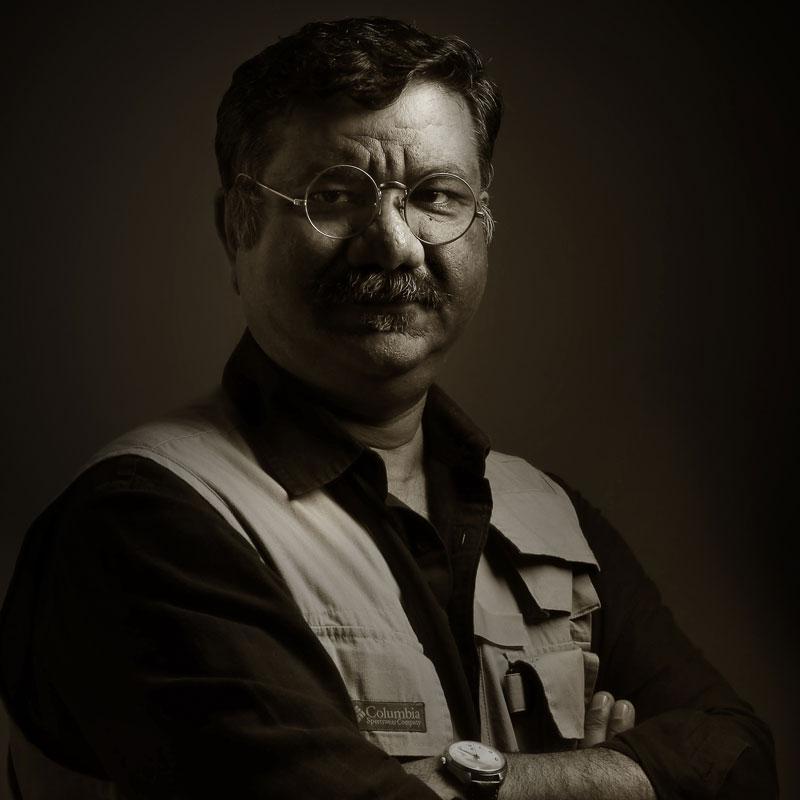 https://www.indiantelevision.com/sites/default/files/styles/smartcrop_800x800/public/images/tv-images/2021/01/04/dhimant.jpg?itok=xwolruR6