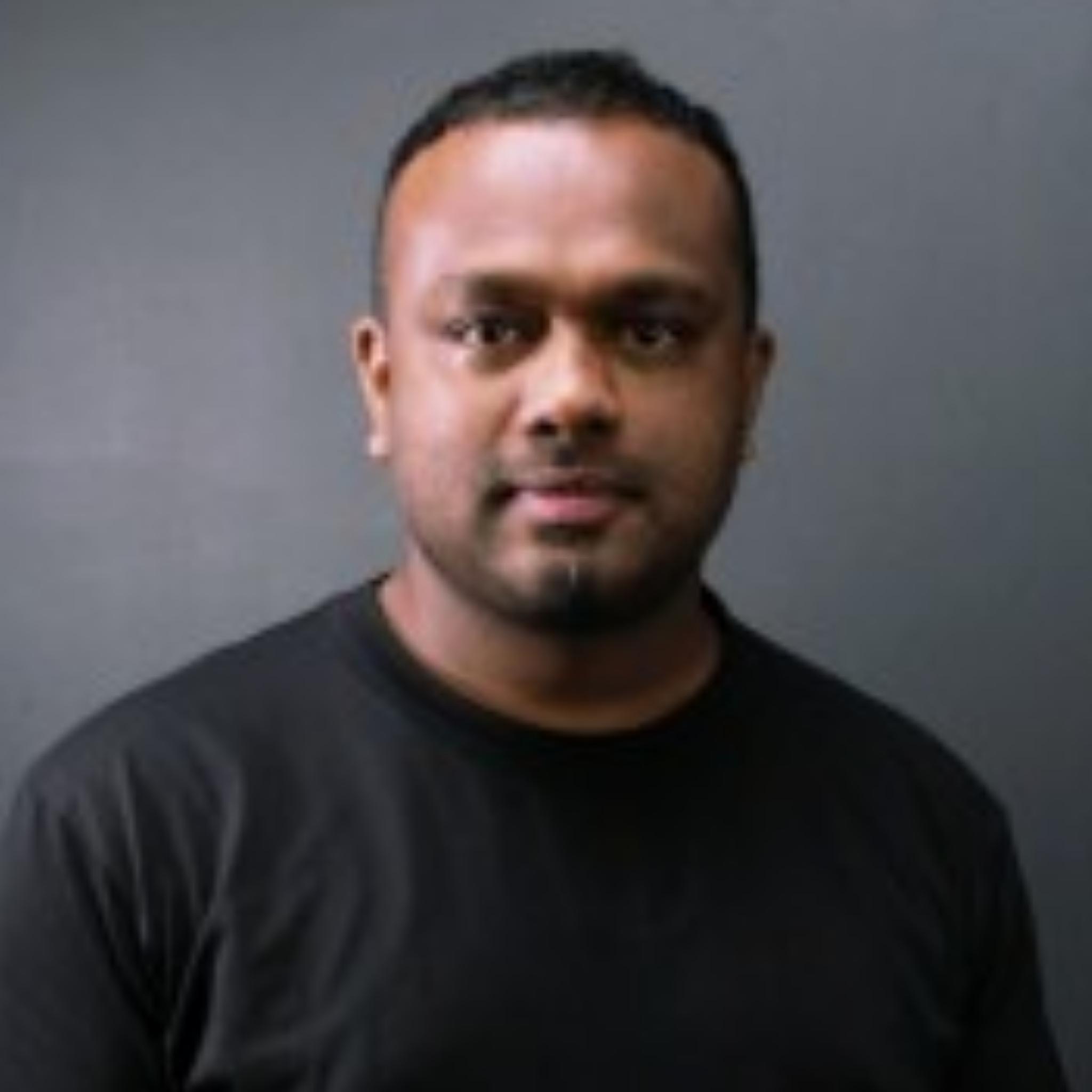 https://www.indiantelevision.com/sites/default/files/styles/smartcrop_800x800/public/images/tv-images/2021/06/07/photogrid_plus_1623049544455.jpg?itok=p1CIIVP3
