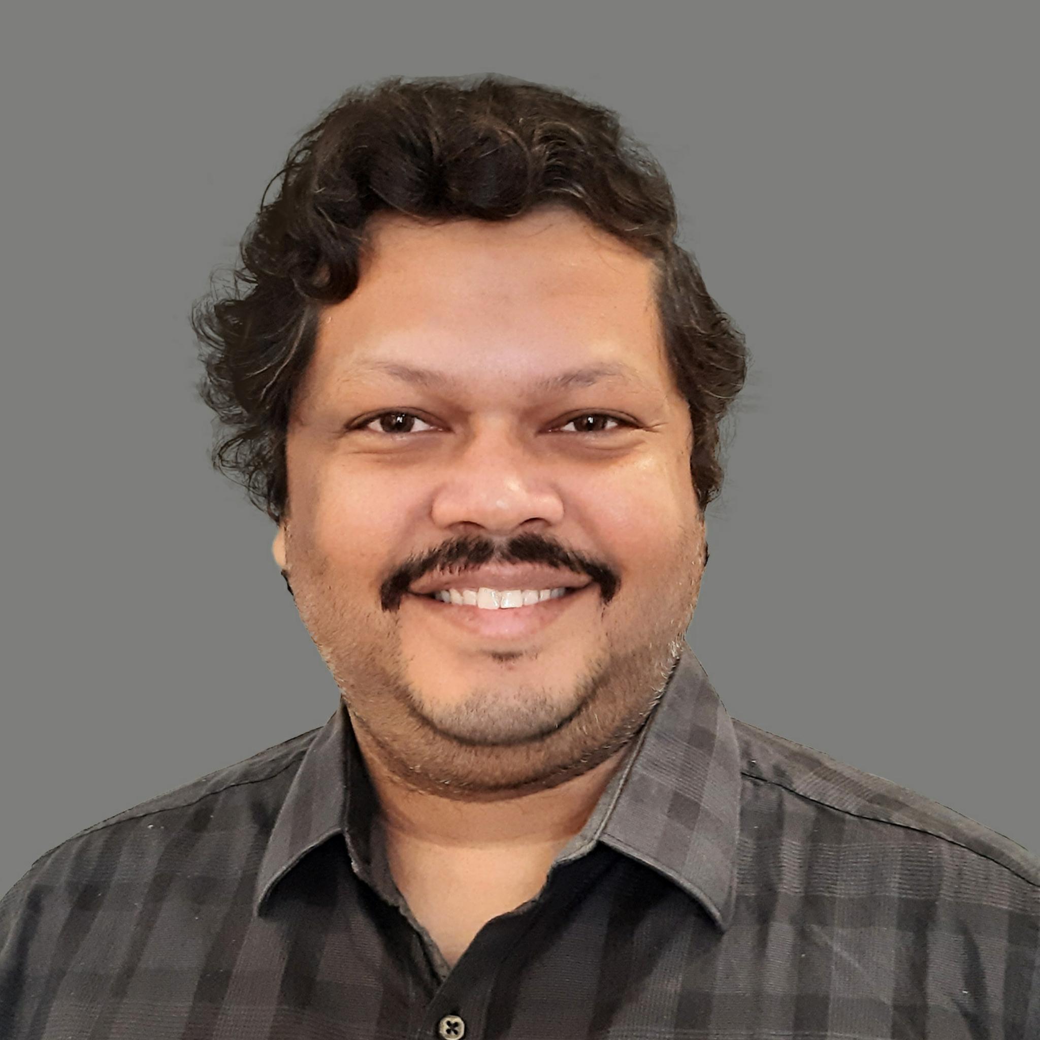 https://www.indiantelevision.com/sites/default/files/styles/smartcrop_800x800/public/images/tv-images/2021/06/18/photogrid_plus_1623999742100.jpg?itok=sAFE1oJX